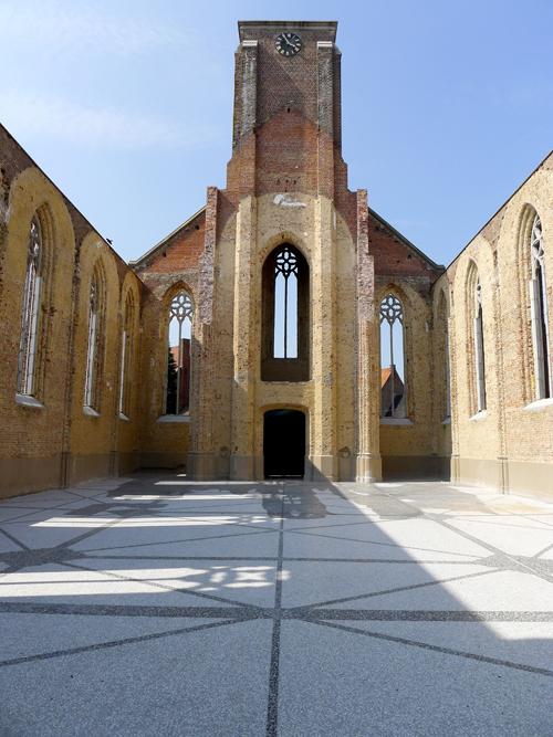 Repeat – Kunstkerk Bossuit, Ellen Harvey, Sileghem & Partners (Foto: Ria Pacquée)
