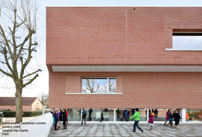 De Zonnebloem, FVWW Frederic Vandoninck Wouter Willems architecten en MikeViktorViktor architects (Foto: Filip Dujardin)