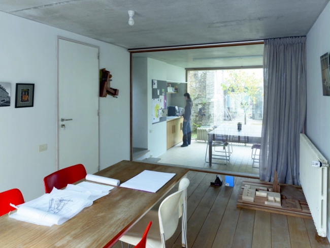 Atelierwoning Apostelhuizen De Smet-Vermeulen Architecten (Foto Frederick Vercruysse)