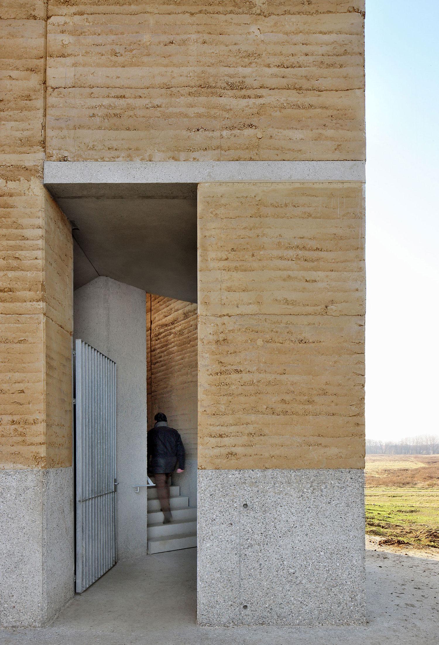 Uitkijktoren Negenoord, De Gouden Lineaal Architecten, (Foto: Filip Dujardin)