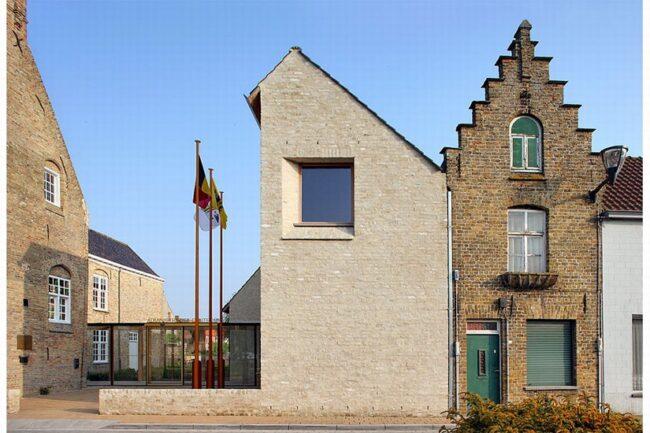Stadhuis Lo als voorbeeld van hoe erfgoed en hedendaagse architectuur samen kunnen gaan
