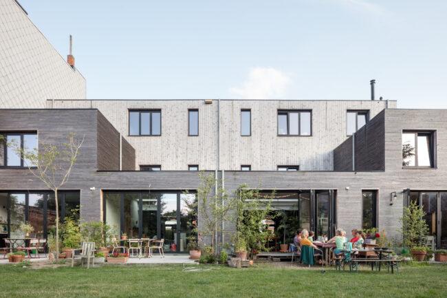 Cohousing Rijkswachtkazerne, POLYGOON Architectuur, (Foto: Stijn Bollaert)